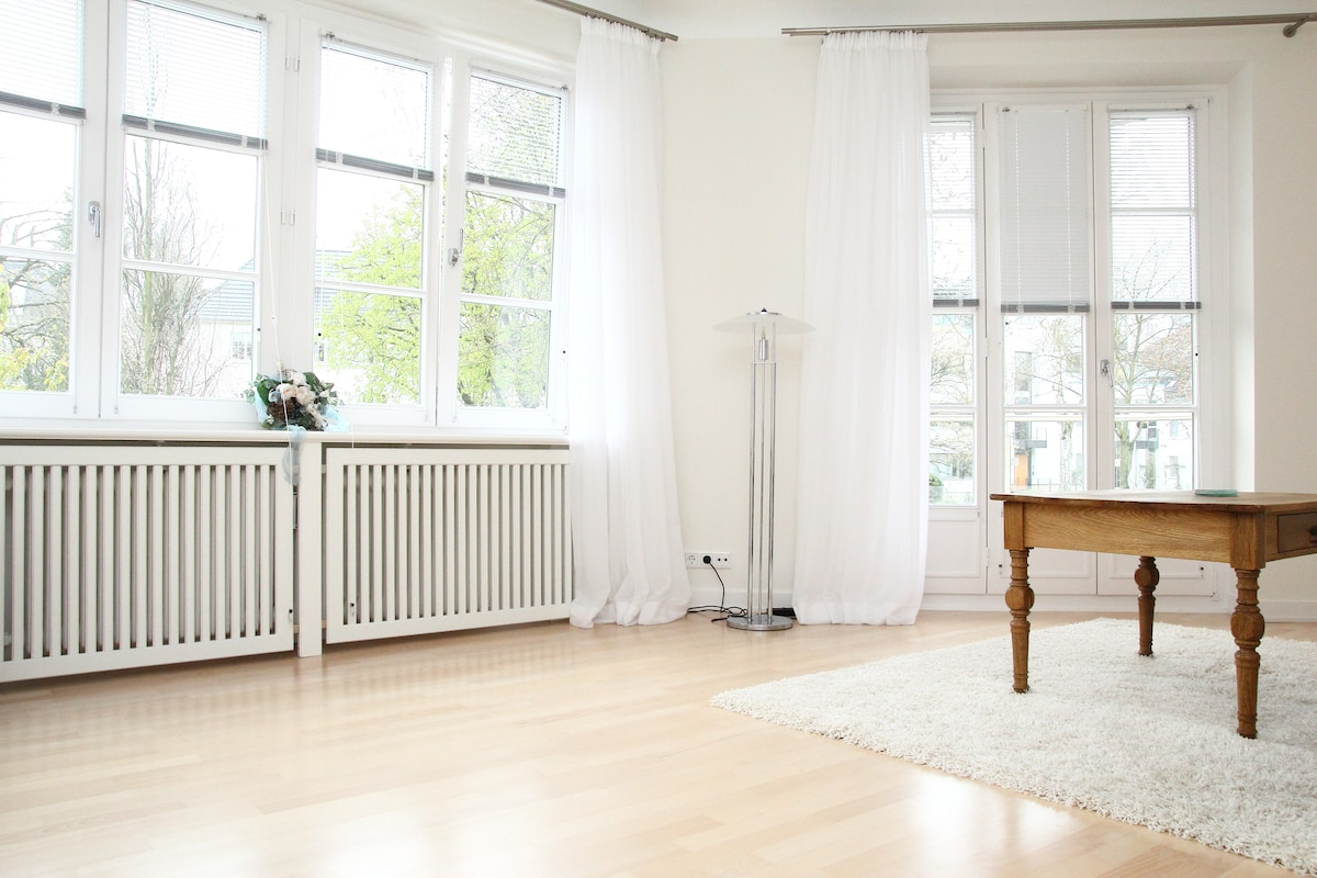 30 sec. to Alster, Luxury Apartment