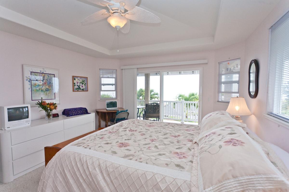 Ocean View Master Bedroom, Retreat
