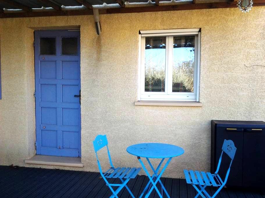 Petit studio indépendant - Sallèles-d'Aude - Bed & Breakfast
