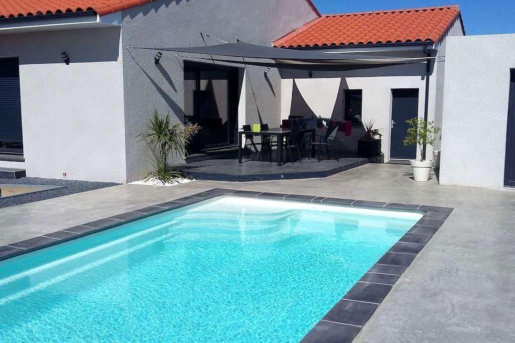 Villa avec piscine - Saint-Génis-des-Fontaines