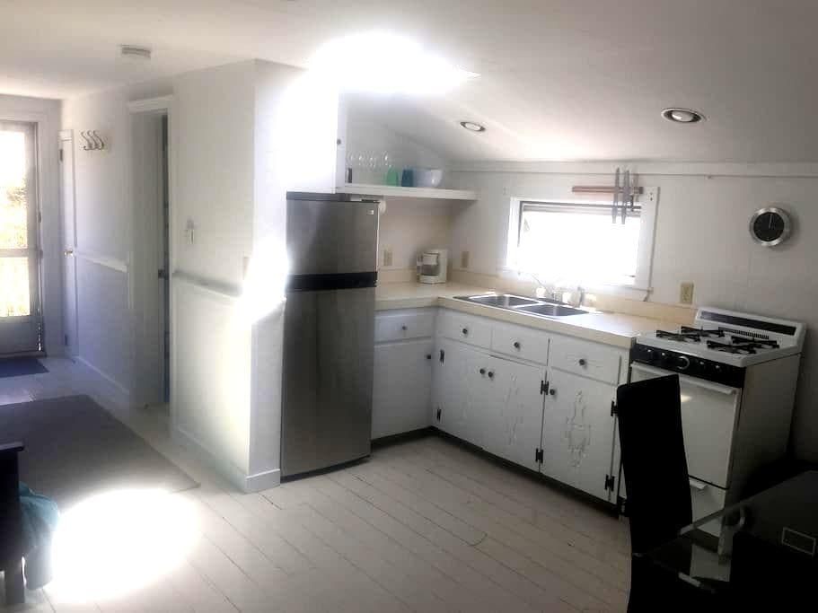 Comfortable Studio Apartment - Wellfleet - Loft