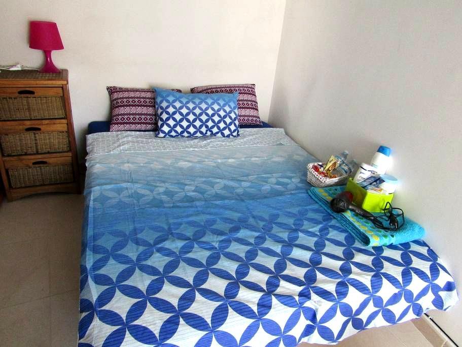 Habitación con baño privado y desayuno disponible - Benissa - 아파트(콘도미니엄)