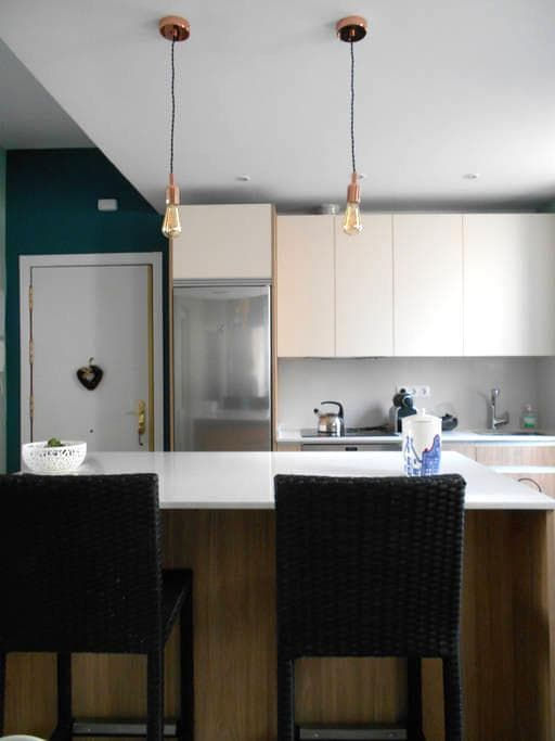 Habitación muy grande y acogedora bien comunicada - Madrid - Appartamento