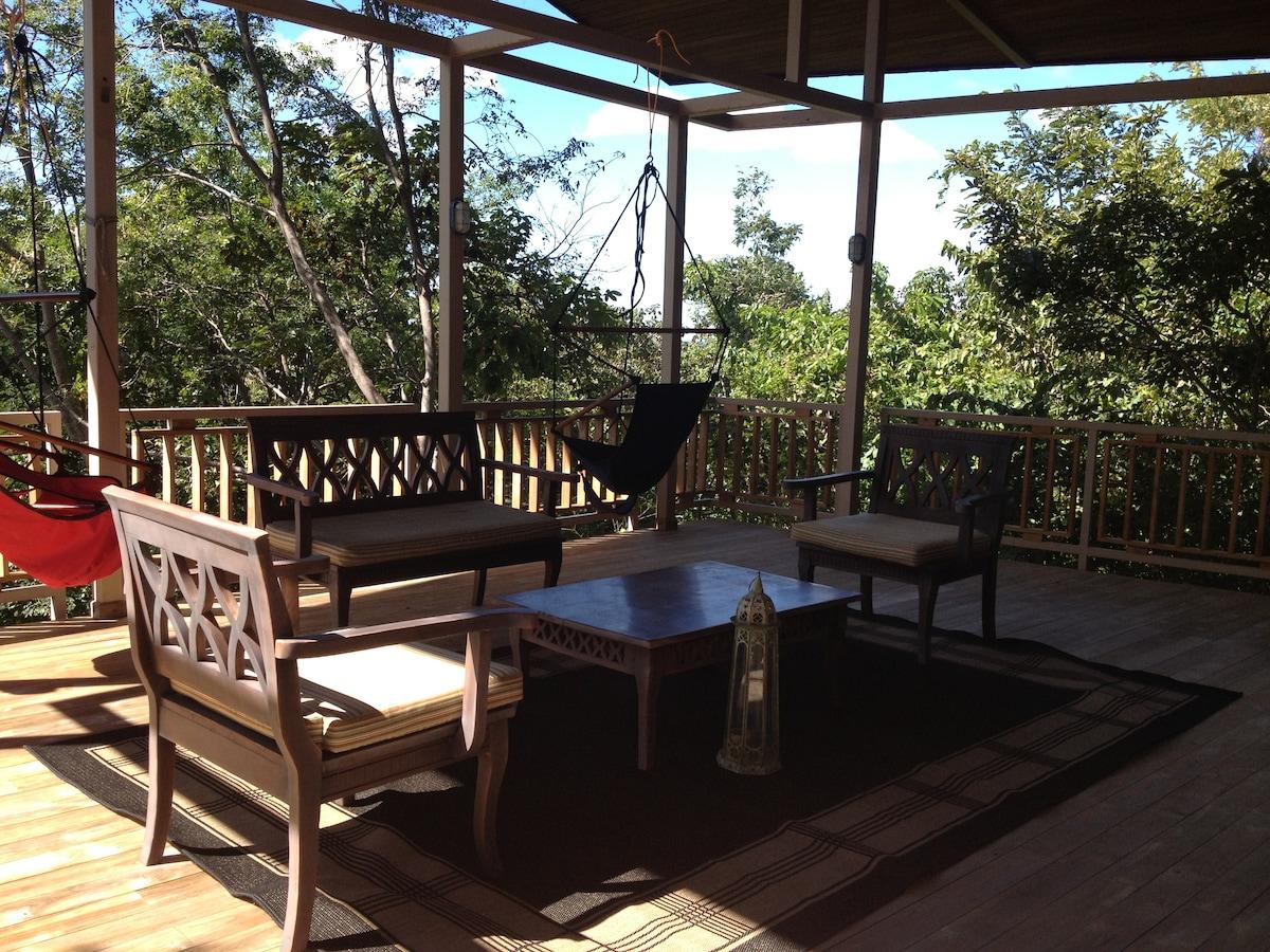 Costa Rica Unique Jungle Tree House