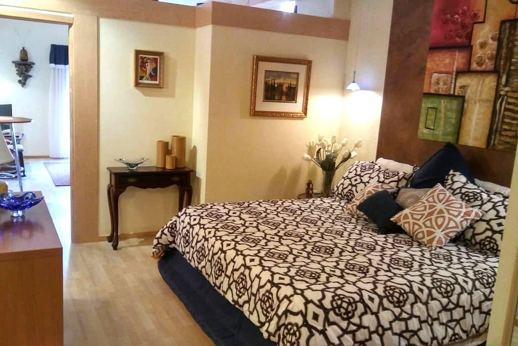 European Village King Suite - Palm Coast - Kondominium