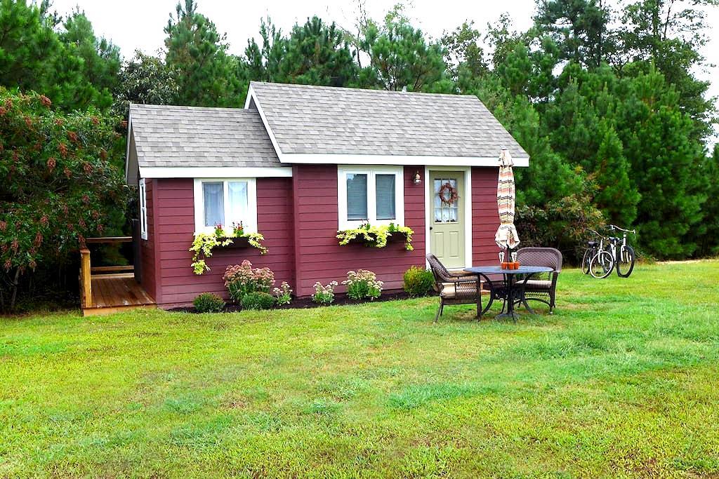 Little Red House, Eastern Shore VA - Accomac - Cabin