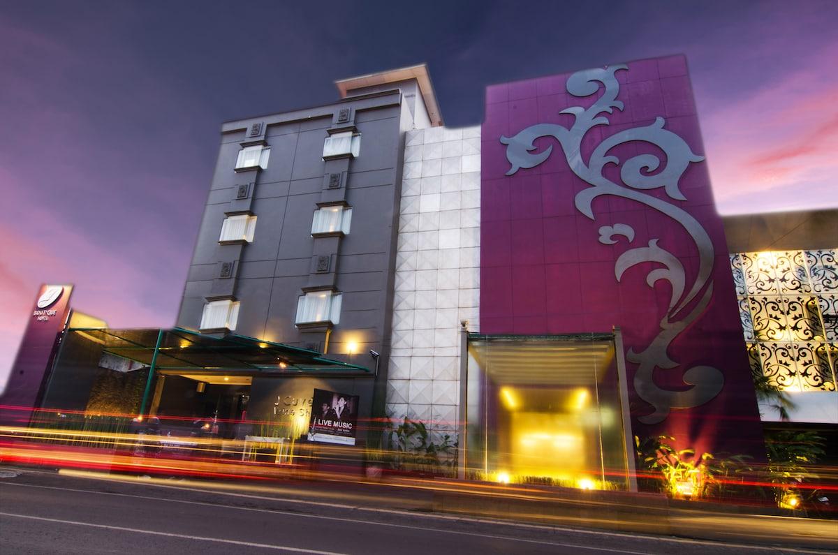Hotel main building