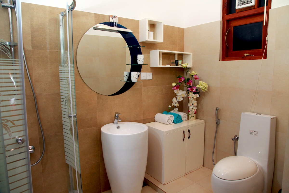 Bathroom of the special suite