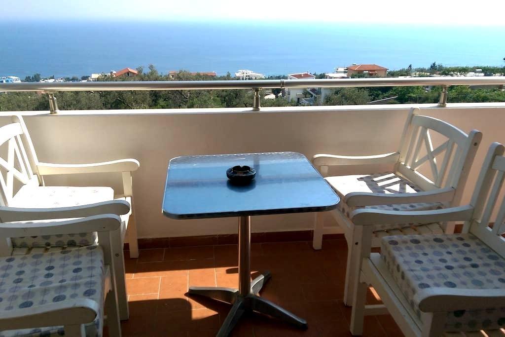 6 person sea view apartament - Dhërmi