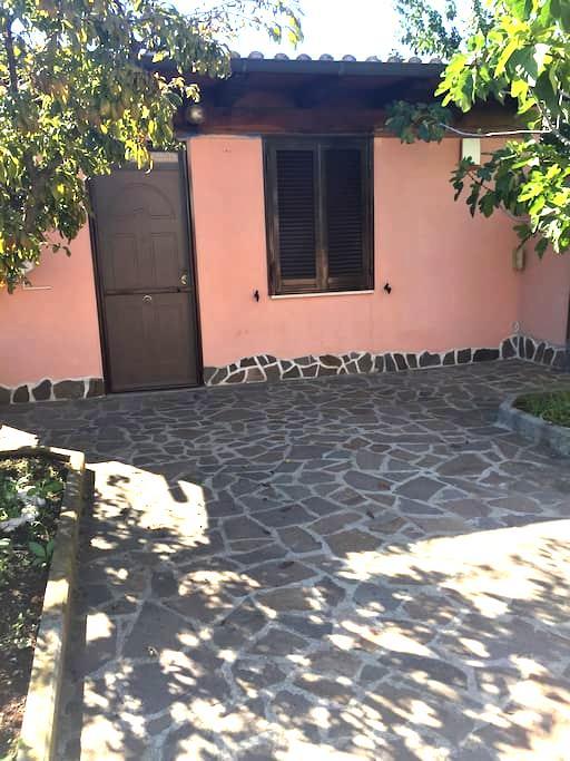 Villa indipendente N. Fiera di Roma - Piana del Sole - Haus