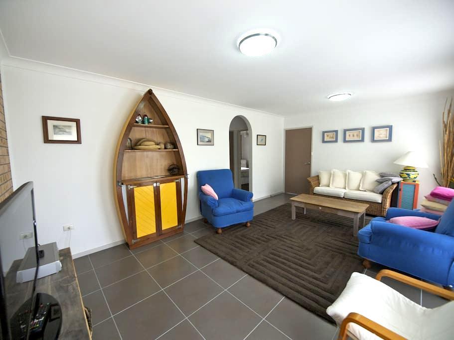 The Drop-Off Apartment Accomm... - Terrigal - Huoneisto