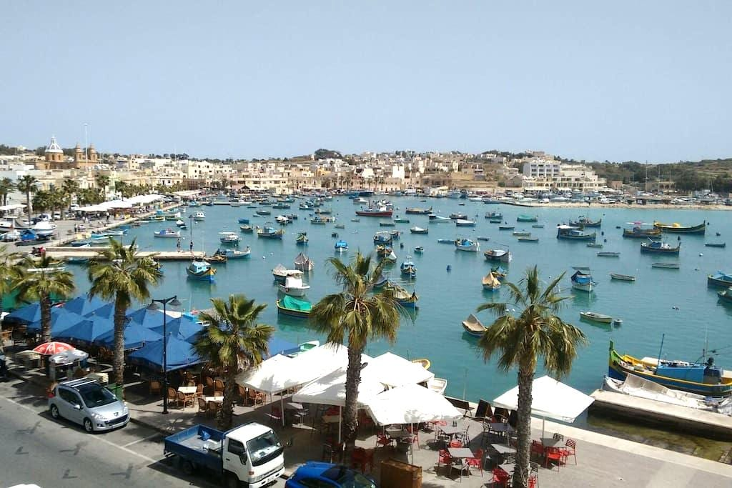 Sea view self catering Apartment - Marsaxlokk - Departamento