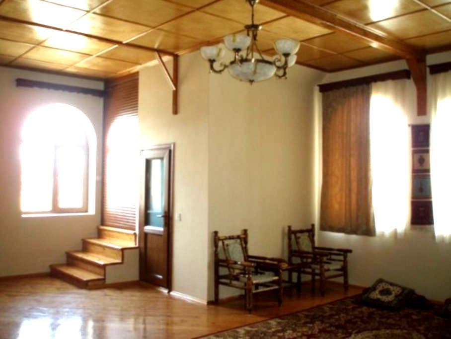 House by the Caspian Sea - Baku - Casa