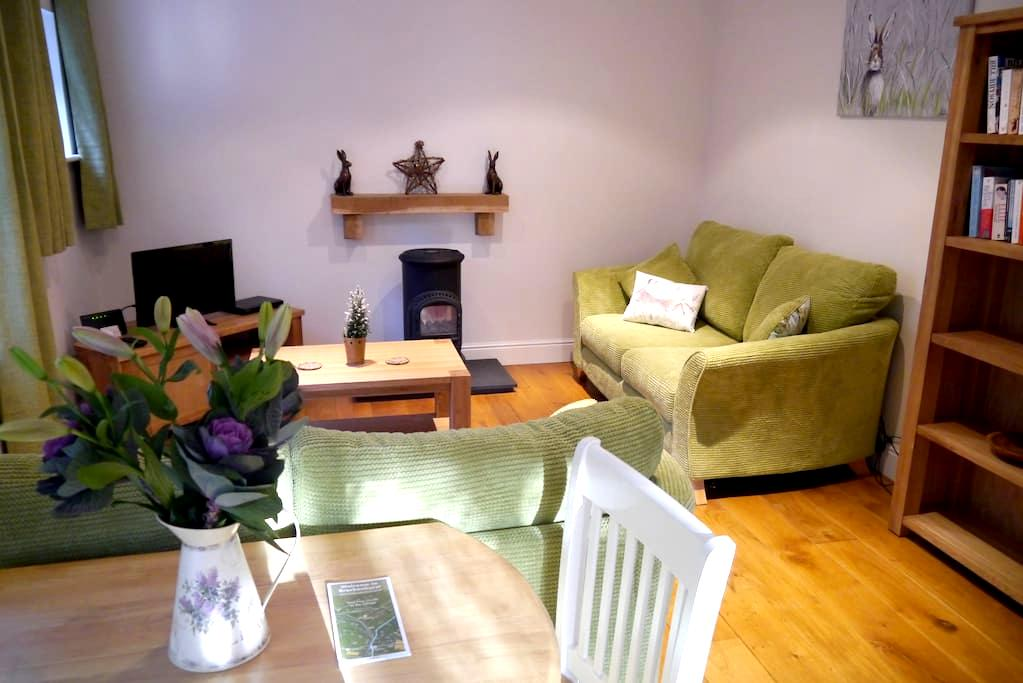 Cosy Cottage in Brockenhurst Village Centre - Brockenhurst - Rumah