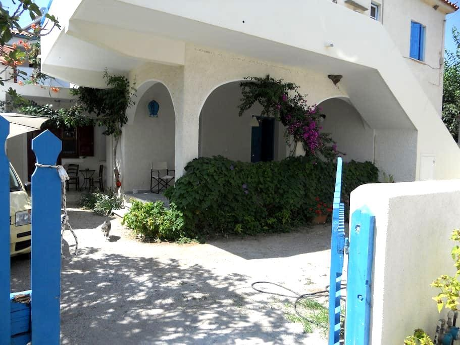 Traditional house, Eresos, Skala - Eresos