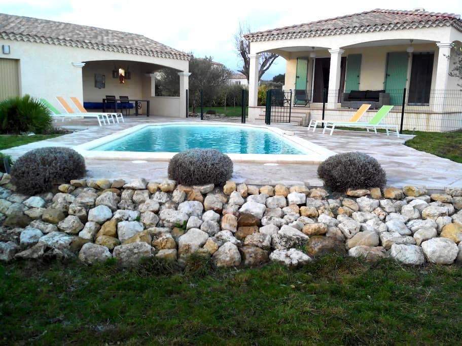 4 BR Villa Uzes In Southern France - Garrigues-Sainte-Eulalie - Σπίτι