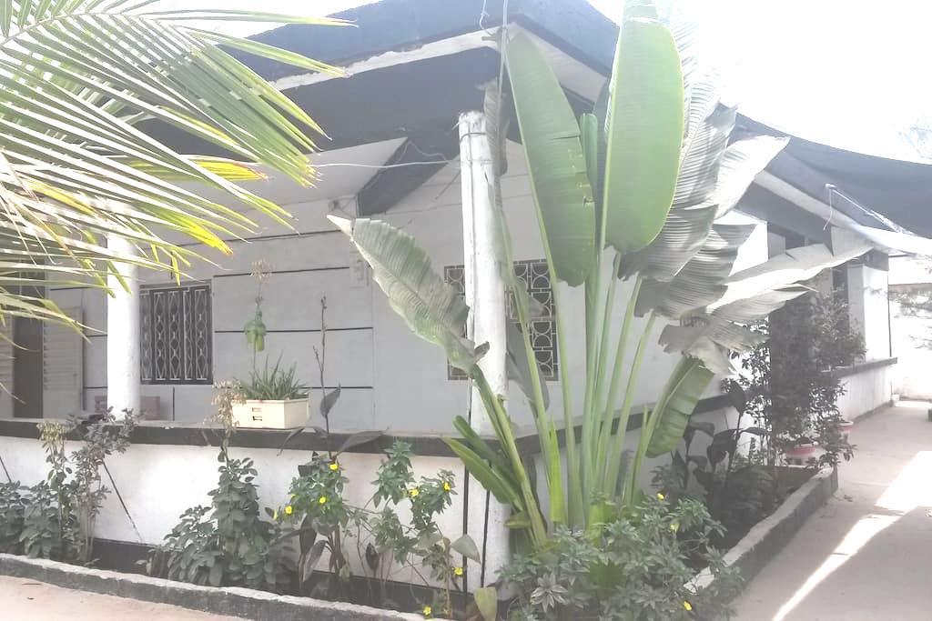 House sycounda in the city-center- apartement1 - Ziguinchor - Casa