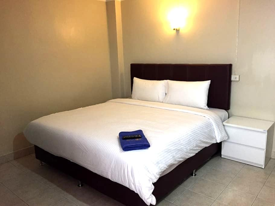 Cozy room/ 30 sq.m./ Wi-Fi - Hat Yai