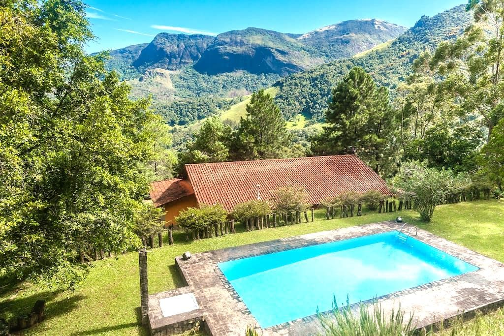 Refugio na Montanha > Exclusivo + Café da Manhã - Miguel Pereira