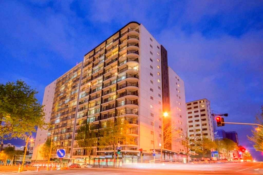 Cosy City Central 2 Bedrooms Apartment - Auckland - Apartment