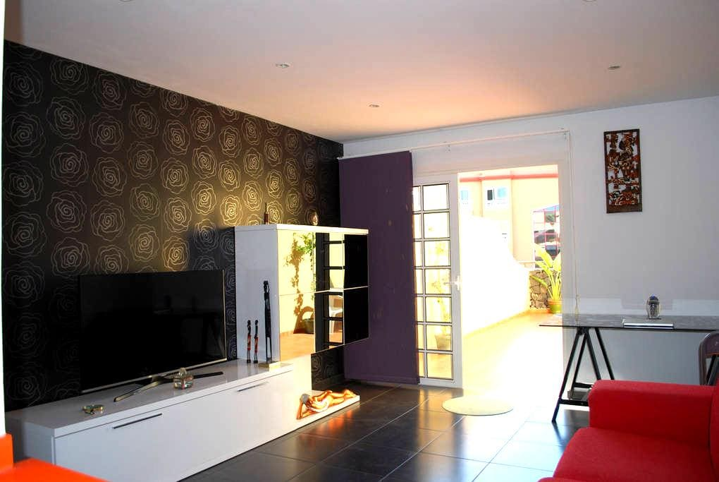 Comfortable double room in south Tenerife - Callao Salvaje - Haus