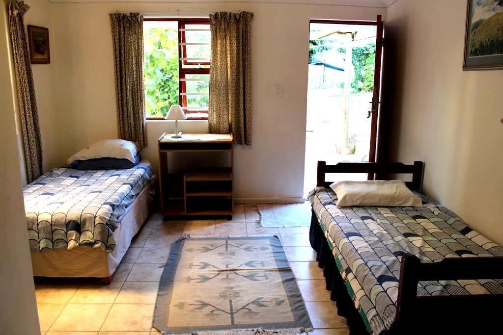 Best location Cape Town 1 - near Waterfront & CBD - Città del Capo - Bed & Breakfast