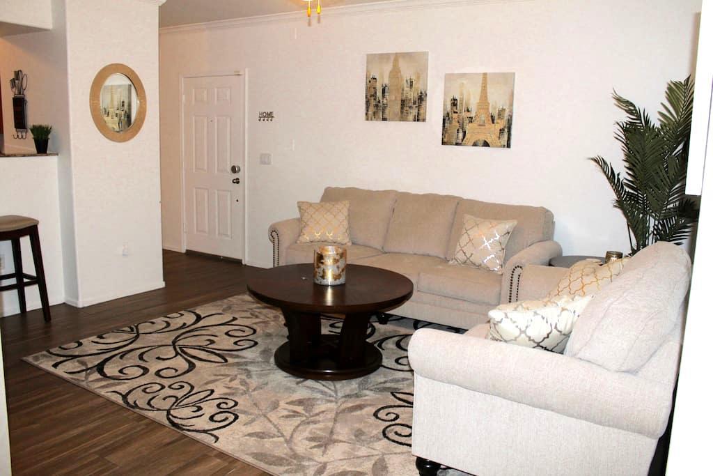 AZ GetAway-Cozy 2 bd master suites near Mill/ASU - Tempe