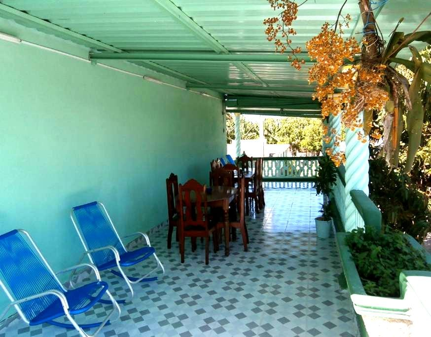 French house & House Dussac 1 & Playa Larga - Matanzas - Bed & Breakfast