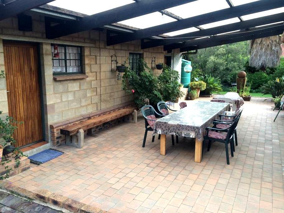 Cottage in Edenvale - Edenvale - Wohnung