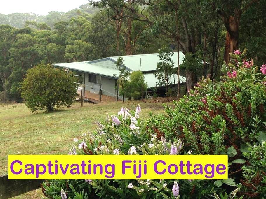 Twelve Apostles' Luxury Cottages - Wattle Hill - Srub