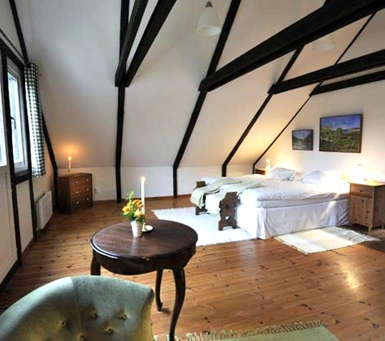 Spacious room with a view - Klippan - Pousada