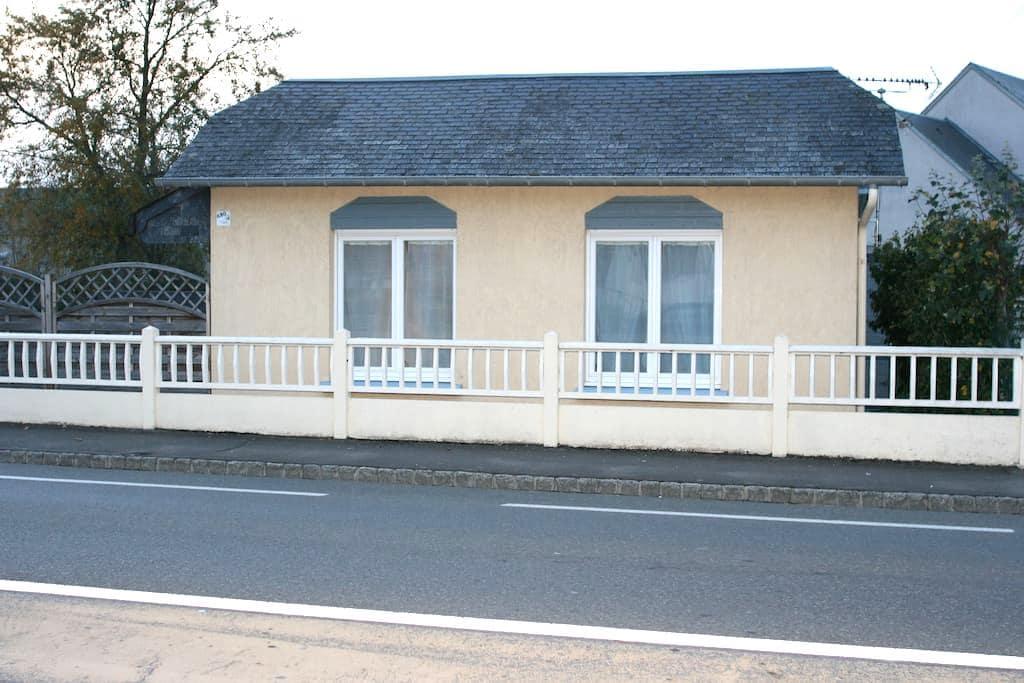 La Doris MAISON BORD DE MER - Saint-Pair-sur-Mer - Dům