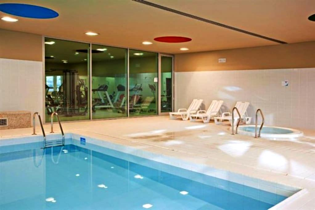 Luxury 2 + Pool + Sauna + Jacuzzi + Spa + Ginásio -  Vila Nova de Gaia