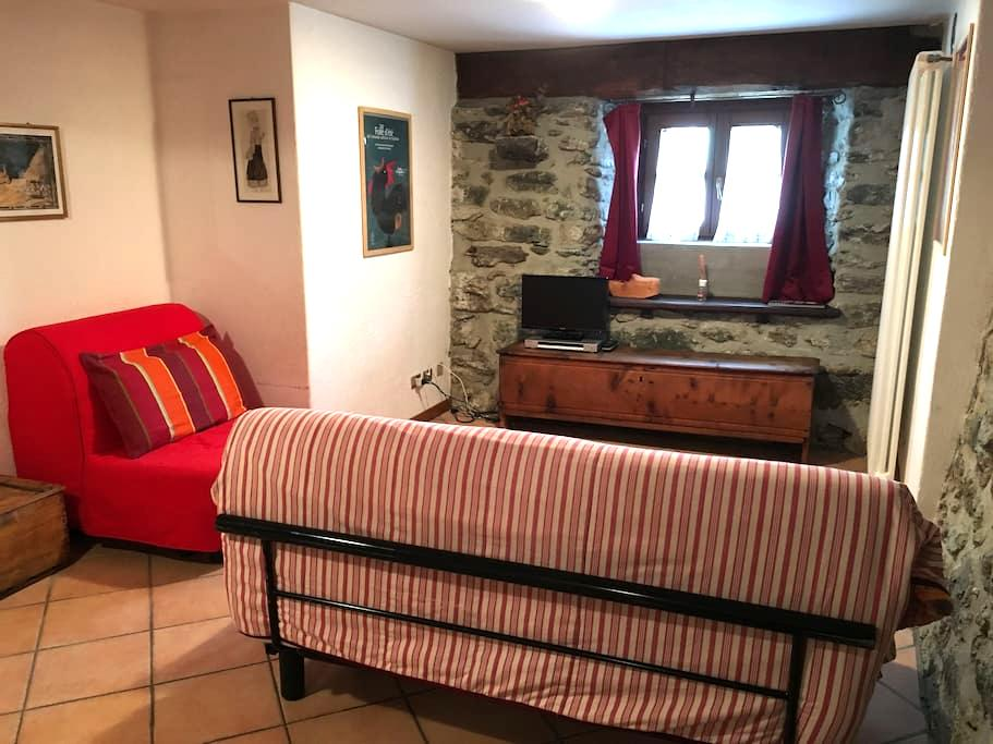 Bilocale rustico restaurato EHTOUL - Antagnod - Appartement