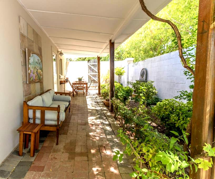 Capewinelands Cottage - Kapstaden - Lägenhet