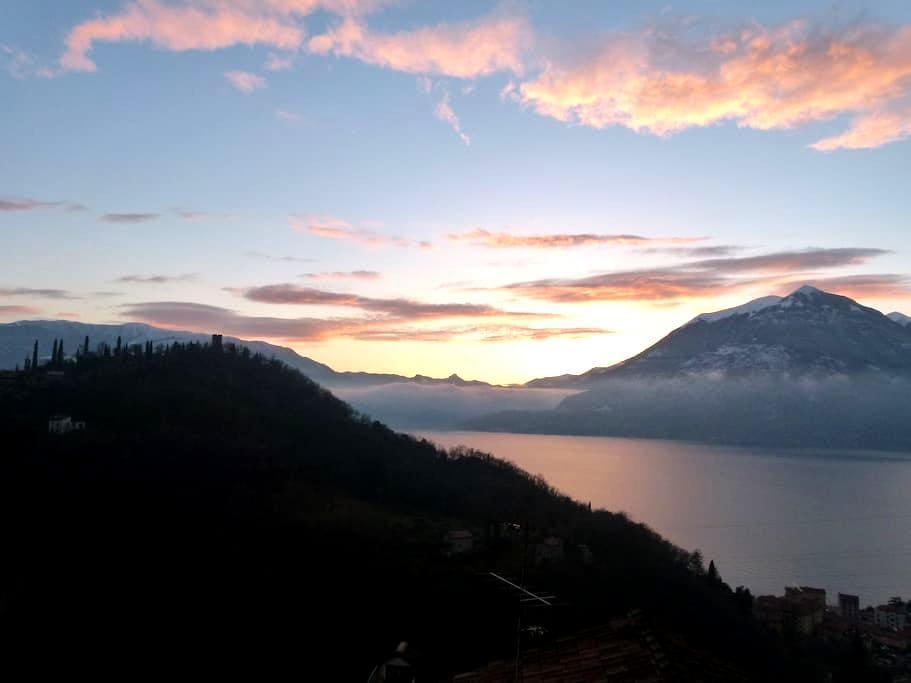 Cosy Place & Stunning Balcony Views - Perledo, Lake Como, Italy - Apartment