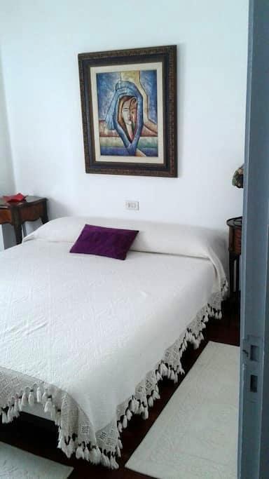 Habitación con cama de matrimonio - Tui - Apartamento