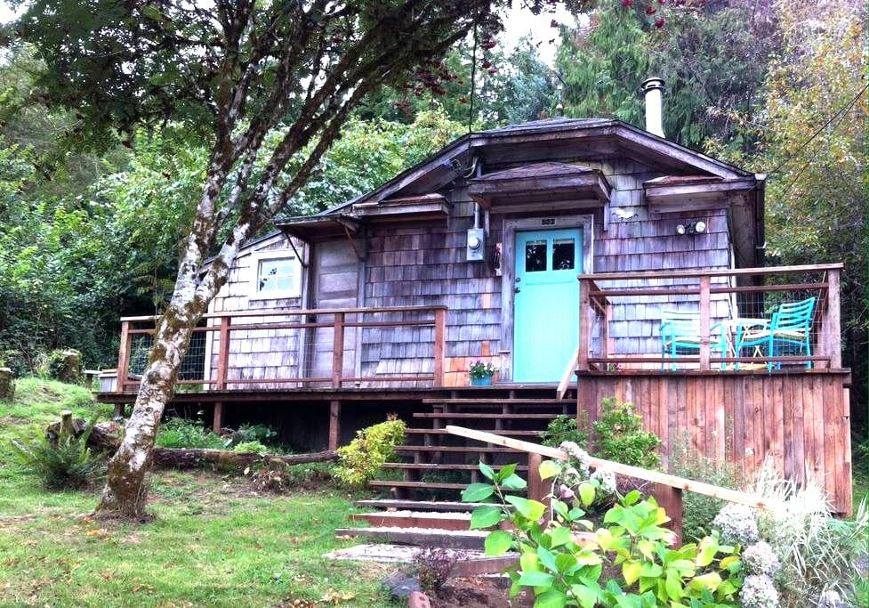 The Cabin at Willapa Bay - South Bend - Casa de campo