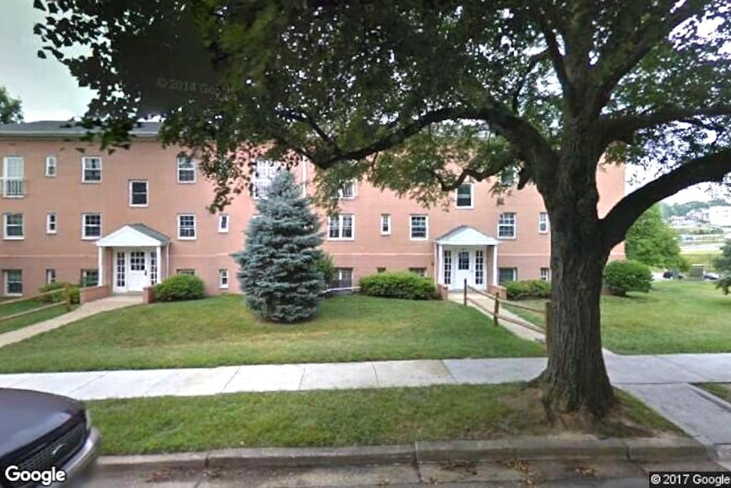 Apartment home in Northern Virginia - Falls Church - Apartment