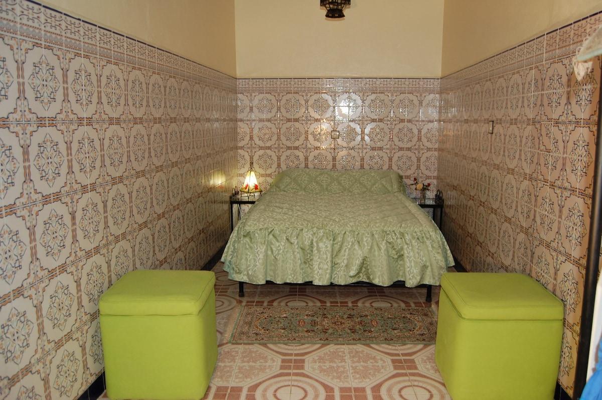 Belle chambre typique marocaine