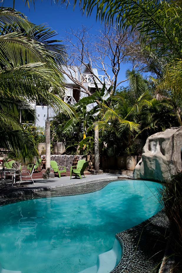 La Tropicale 200 mts from the beach