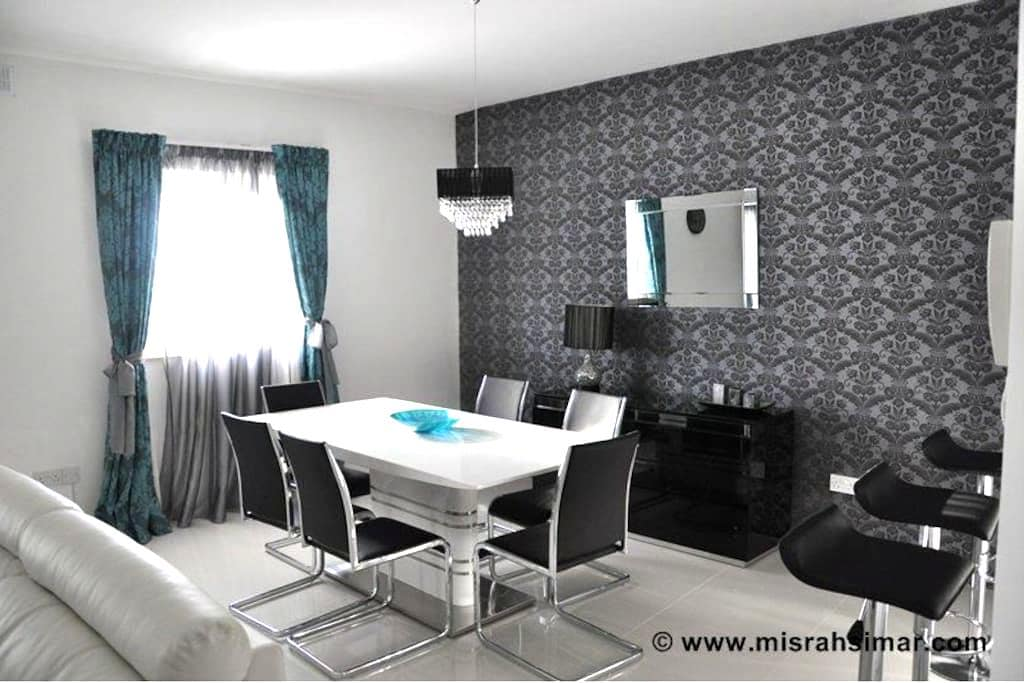 Designer finished apartment - Qala - Daire