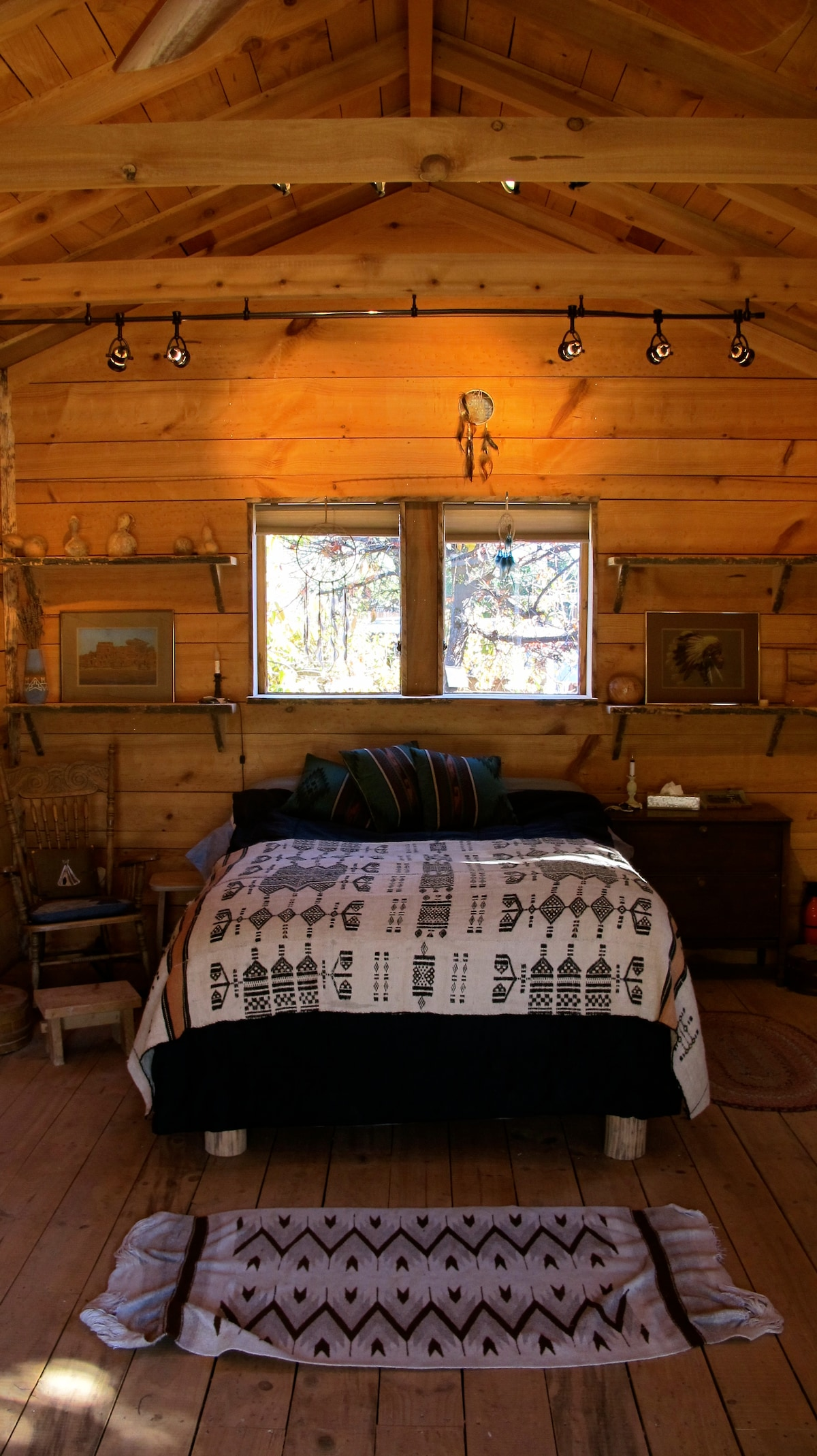 Peaceful Lodgepine Topa Topa Cabin