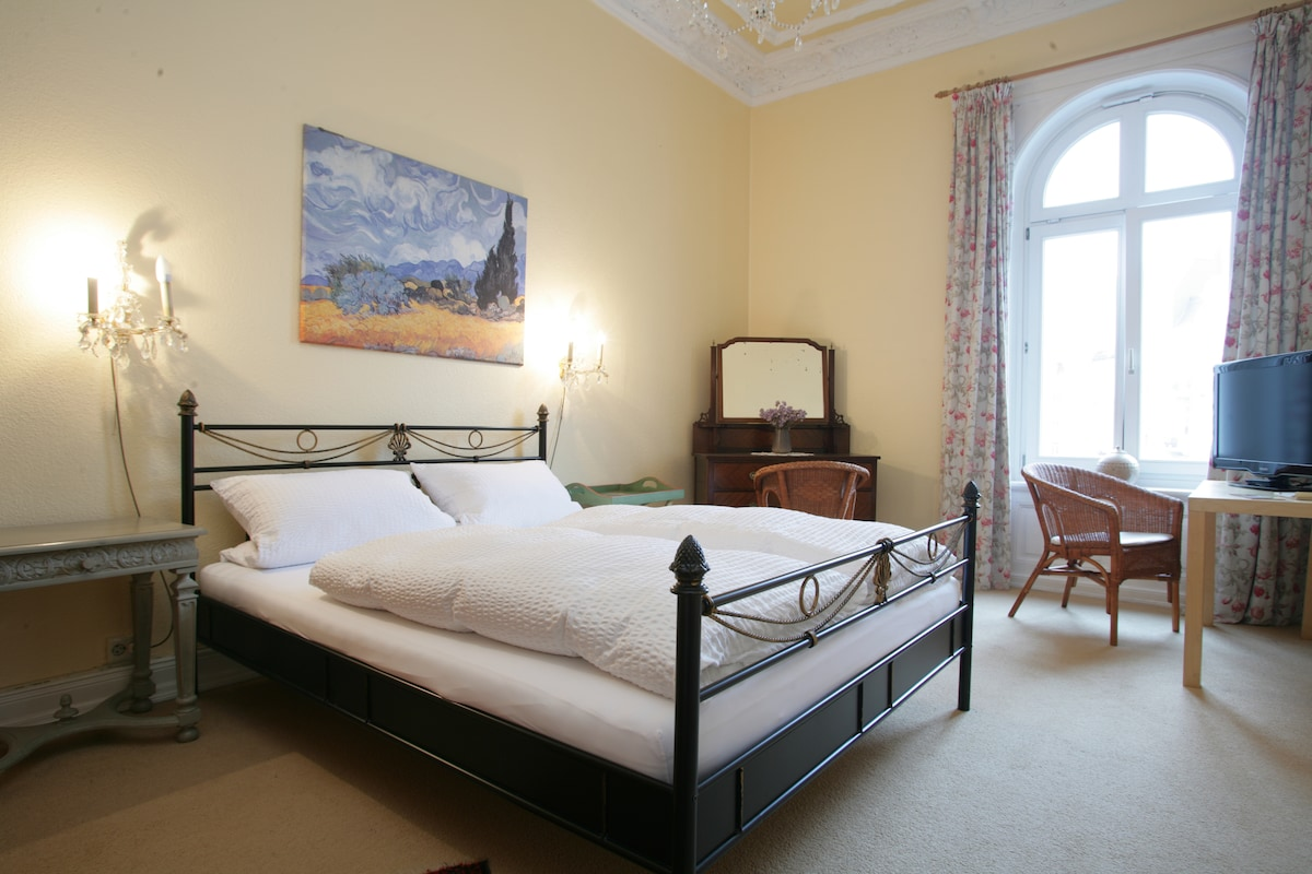 B&B in hanseatic historic Building
