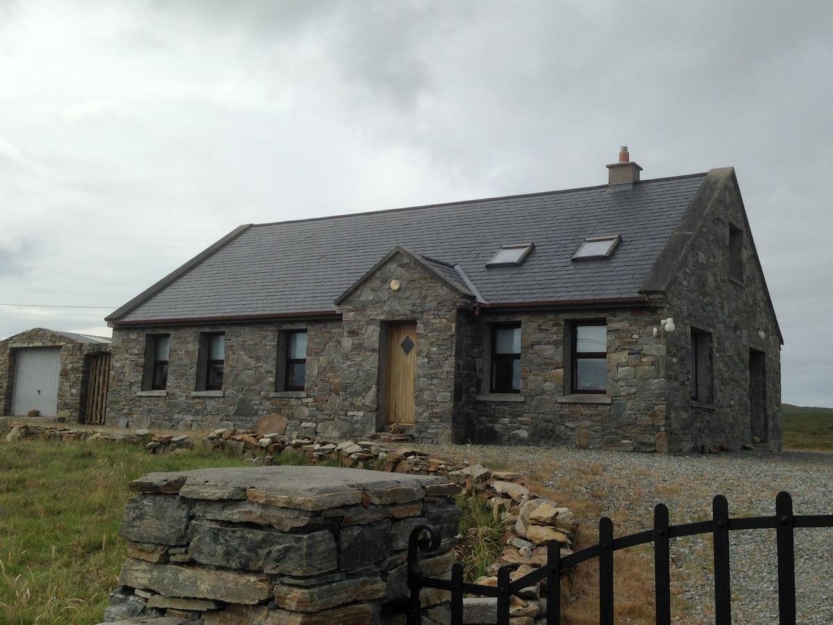Cottage 118 - Cleggan