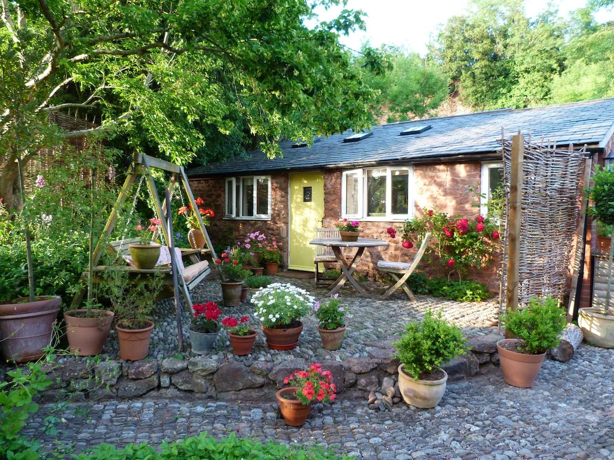 Little Orchard Cottage