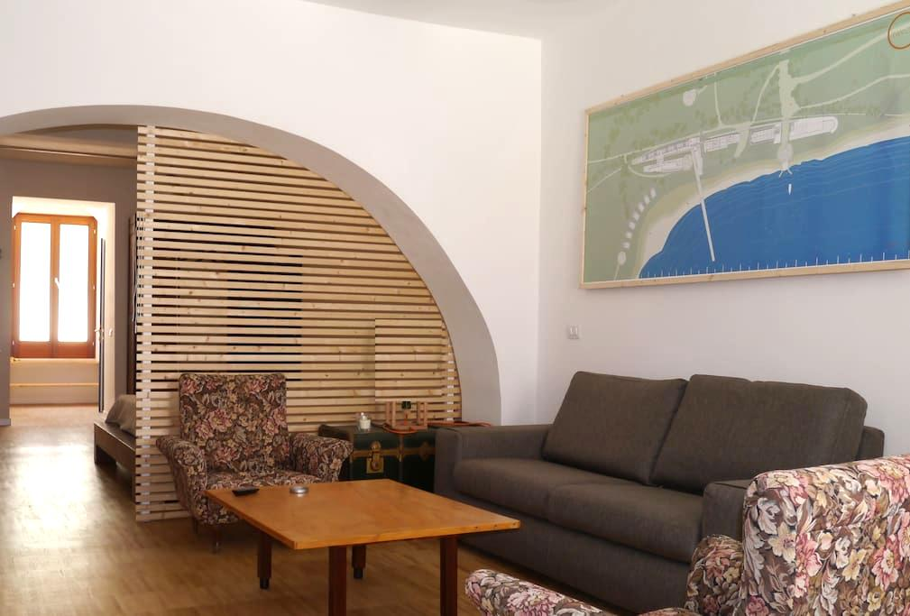 Large loft in the heart of Oristano (60 sm) - Oristano - Loft