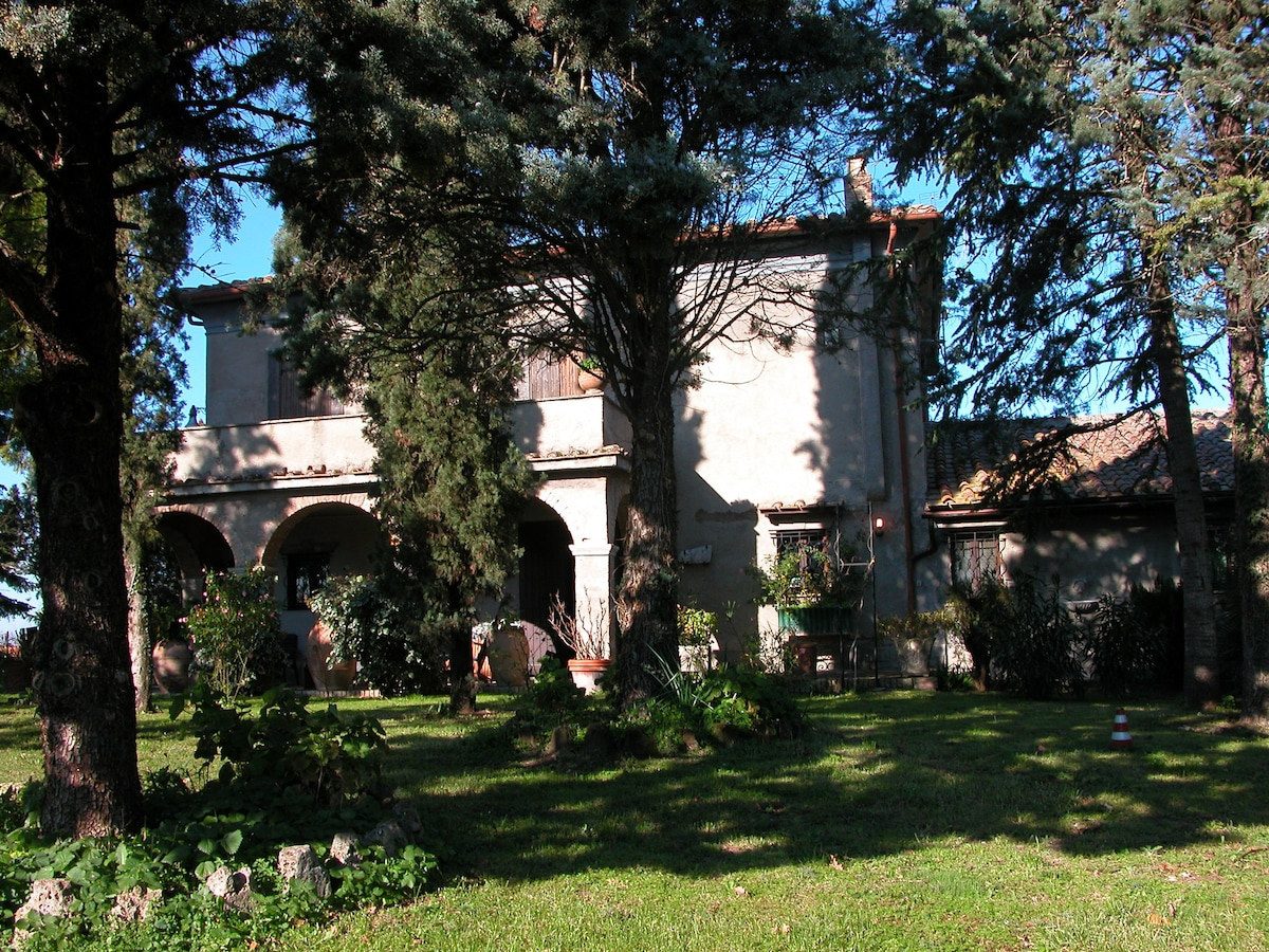 Villa in Sabina (Latium)  with poll
