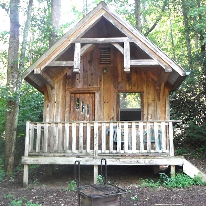 Rustic River Cabin - Erwin