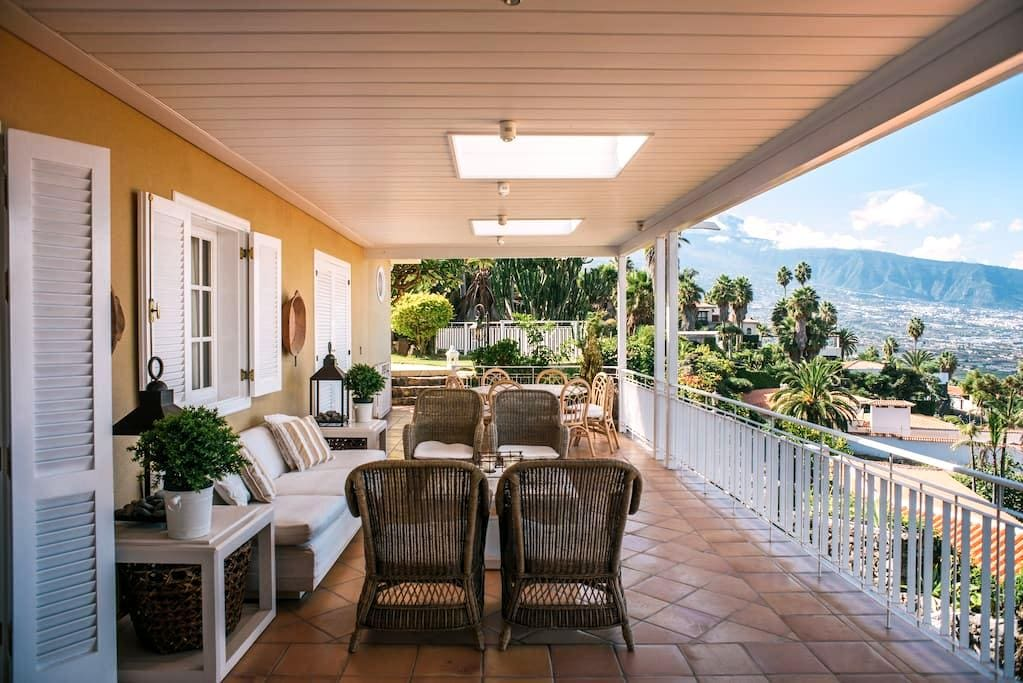 """Villa Deluxe """"Vista Paraiso"""" - Santa Ursula  - Villa"""